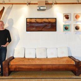 Sofa aus Mammutbaum mit Wildleder