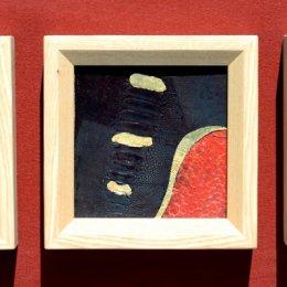 Straussenbeinleder, Perlmutt, Fischleder, Blattgoldca 20,7 x 20,7 cm