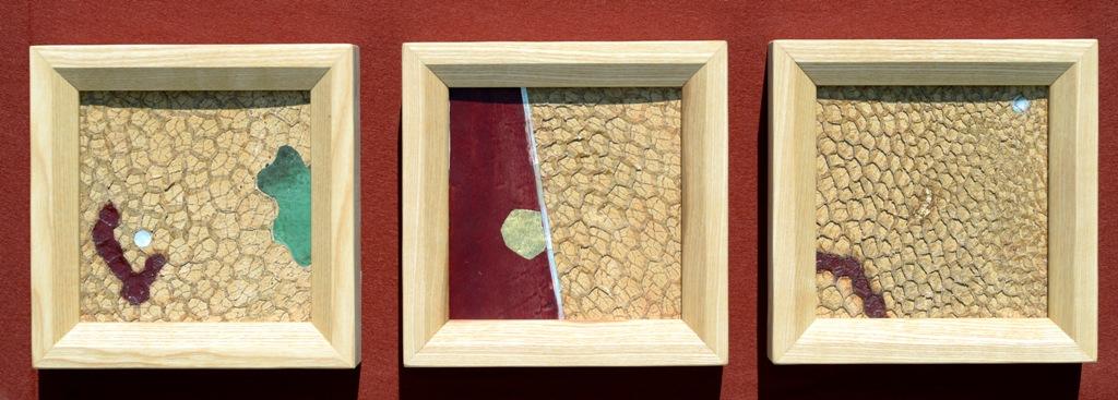 Kuhleder, Pigmente, Blattgold Jahresringfurnierca 20,7 x 20,7 cm