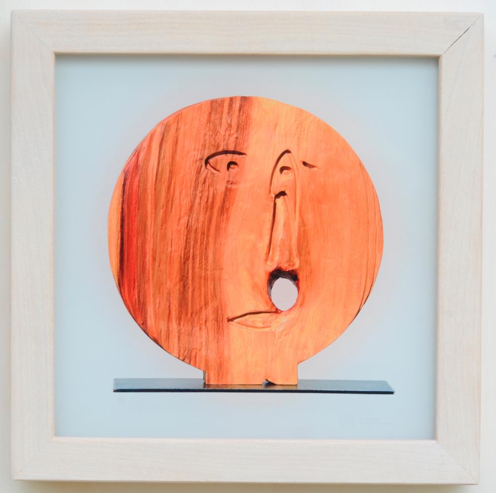 Erstaunen im Hier und Jetzt- Glas, 2016 -   ca 30,6 x 30,6 cm.  180.-€
